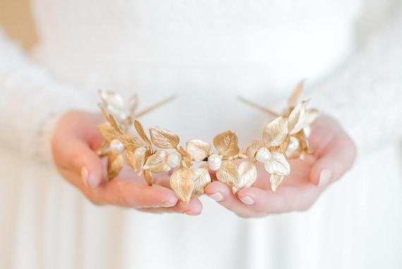 Bridal Tiara, Wedding Accessory, Leaf Tiara, Pearl Tiara, Pearl Headband, Wedding Tiara, Bridal Leaf Crown, Bridal Crown, Leaf Crown HANNAH