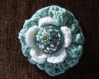 Crochet Green Mint & White Flower Brooch