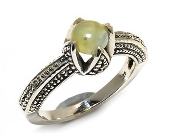 Natural Prehnite Round Gemstone Ring 925 Sterling Silver R1111