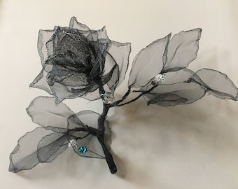 Rose with blue beads. Wire and mesh art. Wire and mesh sculpture. 100% Handmade. Wall decor. Wire and Mesh Rose. 3D