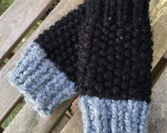 Hand knitted chunky knit fingerless mittens / gloves - grey and black