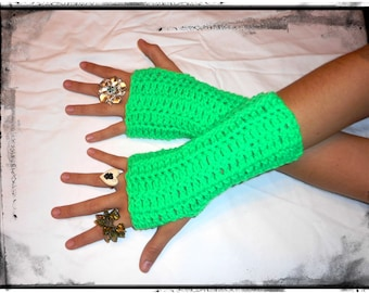 Fingerless Gloves Arm Warmers Pixie Spring Green Crochet Boho Gift for her Handmade clover gypsy Victorian style Wristers Arm warmers