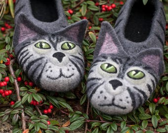 felt grey cats shoes animal warm house slippers ecofriendly retirement gift idea TO ORDER/ gray cat slippers for cat lovers animal slippers