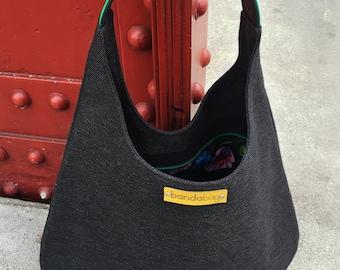 Black packable hobo bag, shoulder bag, comfortable bag, black long hobo bag, slouch large bag, handle of genuine green leather, flexibility