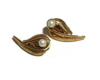 Vintage Goldtone and Pearl Swoop Clip Earrings