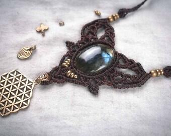 Labradorite Colier Flower of Life Necklace Makrame Tribal Brass