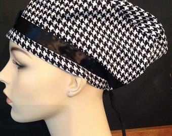 HOUNDSTOOTH SCRUB HAT with bow