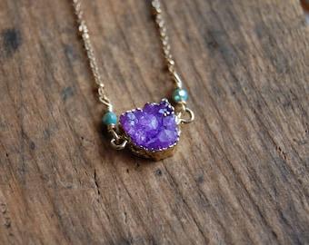 Druzy Agate Geode Purple Stone Pendant Necklace. Natural Druzy Necklace.