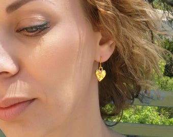 Gold Heart Earrings, Small Dangle Earrings, Girlfriend Gift, Bridesmaid Earrings, Heart Earrings, Charm Gold Earrings,Hammered Gold Earrings
