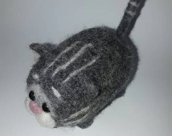 Felting fat cat