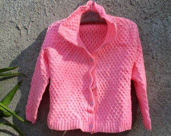 1960s candy pink cardigan, honeycomb handknit mod top, unworn, size S - M - L (stretchy), wool blend, perfect between seasons wear