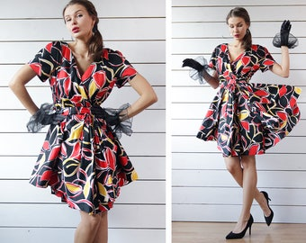 GUY LAROCHE French vintage red black yellow white abstract print knee length full peplum layered skirt short sleeve belted midi dress L
