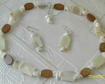 Mother of Pearl and Jasper Sterling Silver Jewellery Set.