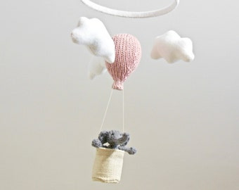 Elephant Baby Mobile, Hot Air Balloon Mobile, Elephant Nursery Mobile, Traveler Nursery, Balloon Crib Mobile, Cloud Mobile, Gender Neutral
