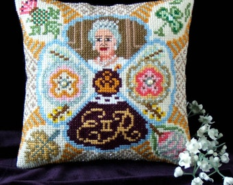 Queen Elizabeth II Celebration Mini Cushion Cross Stitch Kit