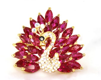 Swarovski Crystal Rhinestones Ruby and Green Color Swan Brooch