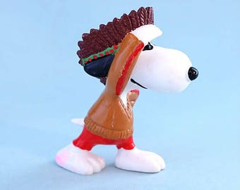 Vintage Snoopy Fun Figure 1980's PVC Indian
