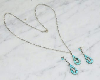 Vintage 925 Sterling Silver Turquise Stone Necklace Pendant  & Earring Set