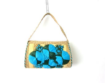 1970s Raffia Purse Blue Floral Straw Bag Tropical Tote Cabana Shoulder Purse Woven straw Flower Hippie Boho Bag Retro Resort Bag