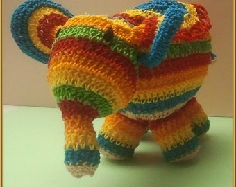 Elephant crochet Rainbow: decorative object