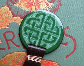 Saint Patrick's Day Bookmark with Dark Green  Circle Celtic Knot