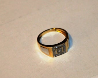 New 14k gold ring with diamonds