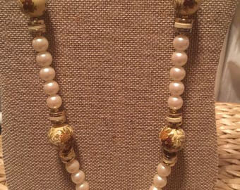 Vintage Japan Pearl and Porcelain Bead Necklace