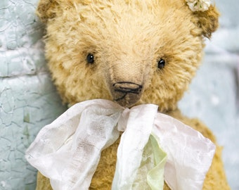Artistic teddy bear OOAK, collectible bear, vintage toy