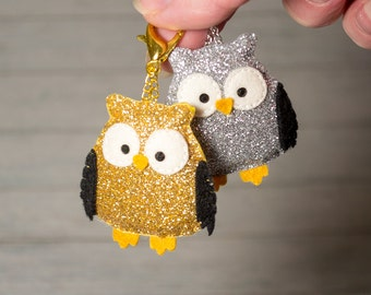 Owl charm Zipper charms Cute keychain Glitter key fob Gold charm Silver keychain Owl pendant Christmas gift Girlfriend gift Kawaii animal