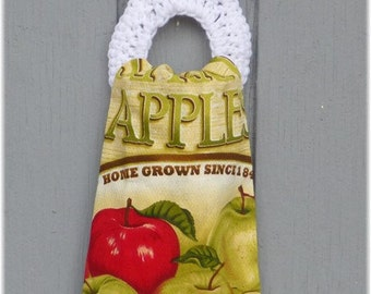 Kitchen Towel with Removable Towel Holder Apples
