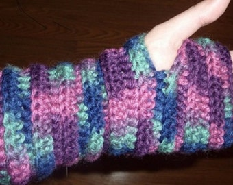 Pair of Hand-crocheted Finger-less Gloves