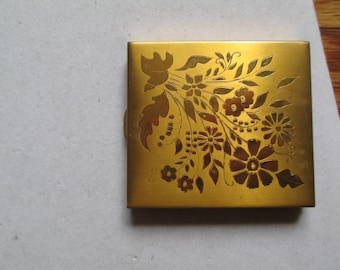 Vintage gold folding face powder and mirror compact case with flower bouquet design