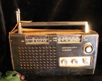 Standard Short Wave Transistor Radio SR-J808FA - Works Great!!