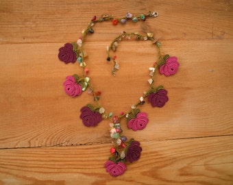 short crochet necklace, purple maroon rose