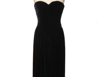 vintage 1980's strapless velvet dress / Kathryn Conover Saks Fifth Avenue / black velvet / party dress / women's vintage dress / size 10