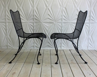 Sculptura Style Side Chair Pair by Russell Woodard Patio Wrought Iron Mesh Excellent Refurbished Condition Mid Century Modern Retro Atomic