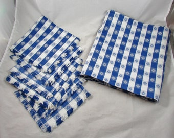 Blue White Check Table Cloth with 6 Napkins Picnic Glamping Vintage