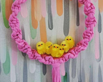 Macrame Easter Wall Hanging Wreath Chicks Egg T-shirt Yarn in Pink and Yellow