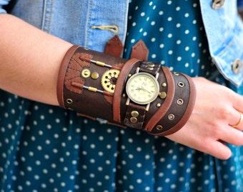 Leather steampunk wrist watch, Steampunk wristband, Steampunk bracelet, Leather bracelet, Steampunk cosplay, Steampunk leather cuff