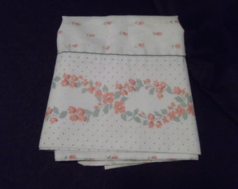 Sweet Vintage French Cottage Shabby Peach & Green Floral Polka-Dot Standard Pillow Case