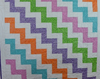 Zigzag Quilt of Many Colors Quilt
