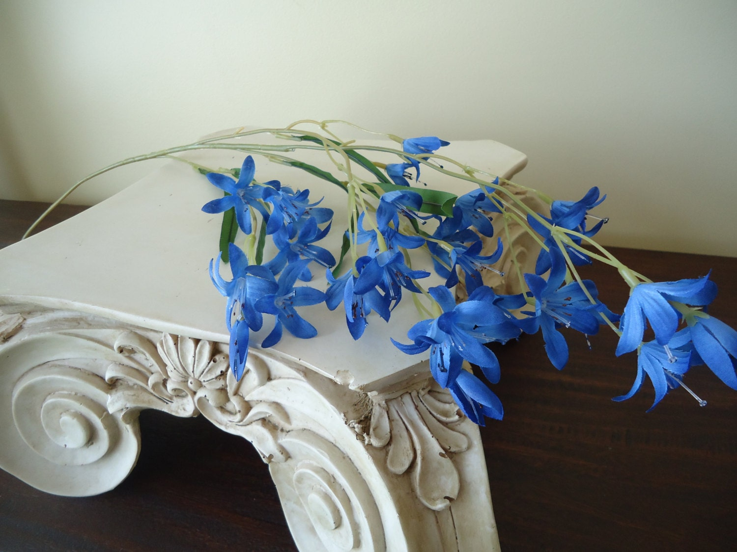26 Peruniva Spray Blue Silk Flowers Stem Floral