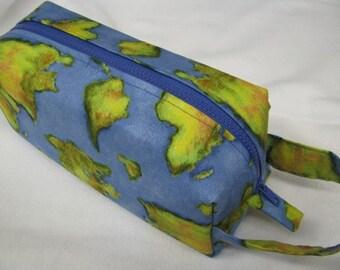 PERFECT for Graduation Presents! Travel World Globe Cosmetic Bag Makeup Bag LARGE