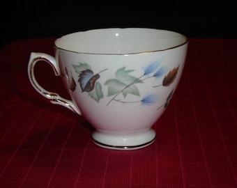 Colclough Linden (1987) teacup