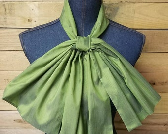 Green Oversized Bow tie