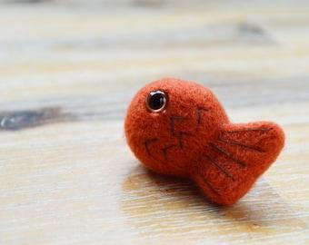 Goldfish Brooch Pin - Needle Felted Orange Fish Badge - Small Handmade
