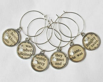 Pride and Prejudice Wine Glass Charms Set - Jane Austen Mr Darcy Elizabeth Bennet Foodie Gift - Barware Bookworm Homewares Party