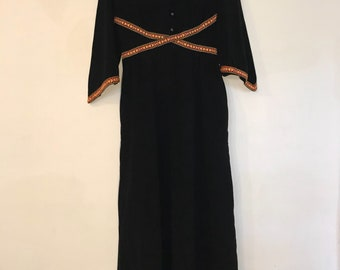 Black bell sleeve with trim