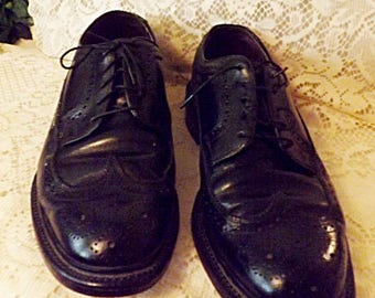 80s Hanover Men's Black Brogue Wingtip Shoes Size 8. 5