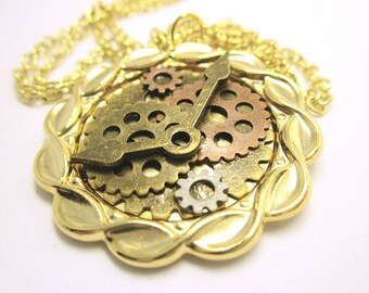 PENDANT Round Gear Pendant Gold Pendant Tray Multiple Gears And Clock Hands Gift For Her Steampunk Jewelry Boho Gear Pendant